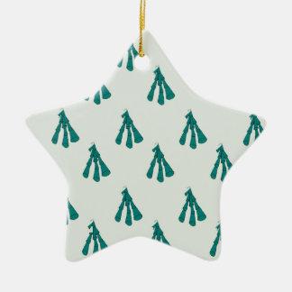 Green foxglove ceramic star decoration