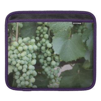 Green Grapes Growing Sleeve For iPads