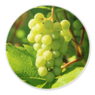 GREEN GRAPES ON VINE CERAMIC KNOB