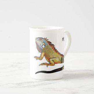 green iguana tea cup
