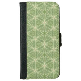 Green Ivy Leaf Geometric Case