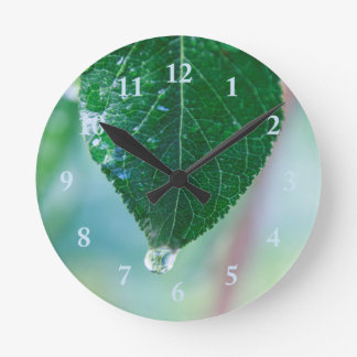 Green Leaf on Pastels Wall Clock