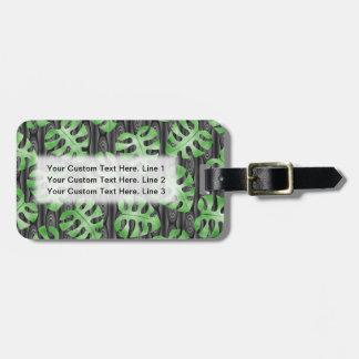Green Leaf Pattern. Luggage Tag