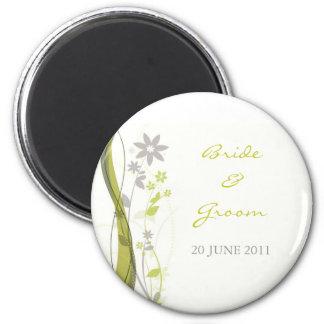 Green & light grey floral charm magnet