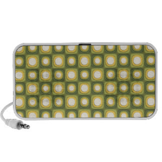 Green Mod Polkadots Travel Speaker