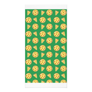 green pizza pattern picture card
