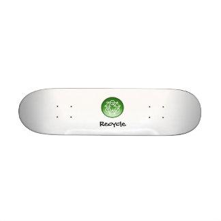Green Recycle Skateboard