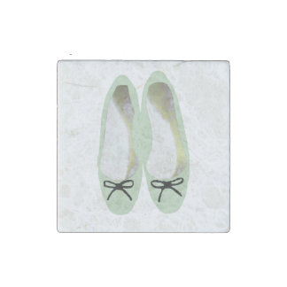 Green Shoes Stone Magnet