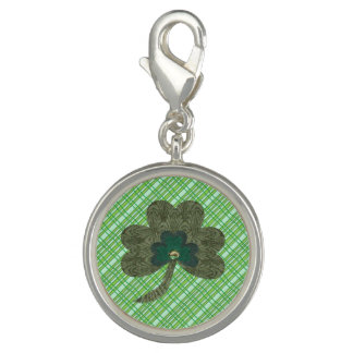 Green Weave with Shamrock
