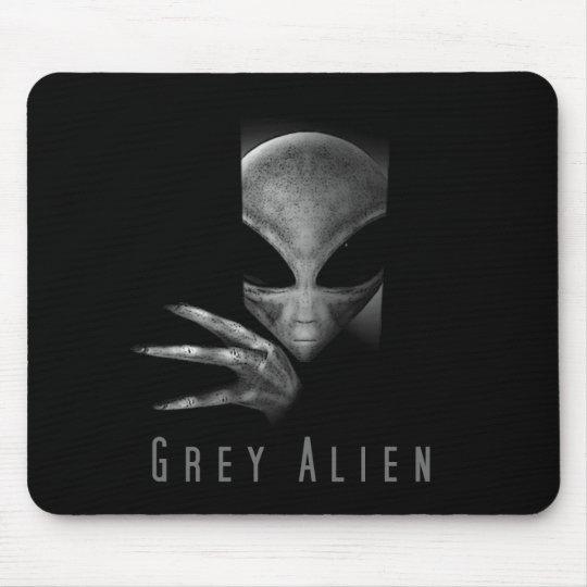 GREY ALIEN MOUSE MAT