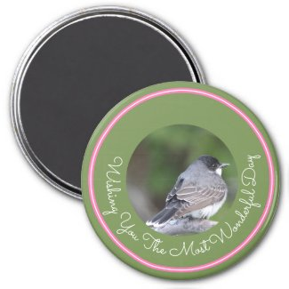 Grey and white bird magnet