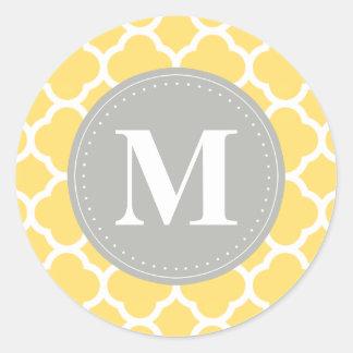 Grey Monogram Yellow Quatrefoil Pattern Round Sticker