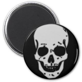 Grey skull 6 cm round magnet