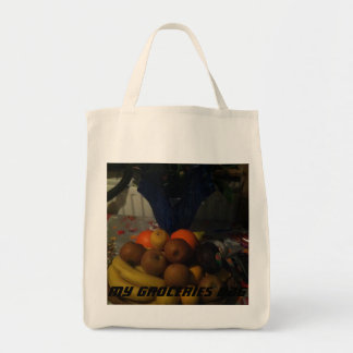 Groceries bag with very colorful fruits design