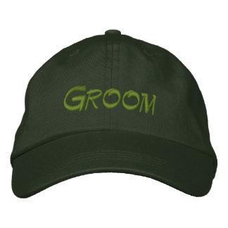Groom baseball cap in spruce green / light green