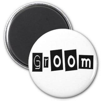 Groom (Sq Bllk) 6 Cm Round Magnet