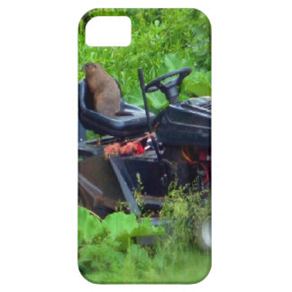 GROUNDHOG ON LAWN MOWER 2 iPhone 5 COVERS