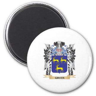 Gruen Coat of Arms - Family Crest 6 Cm Round Magnet