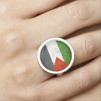 Grunge Flag of Palestine Ring