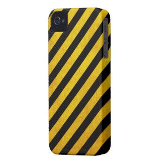 Grunge hazard stripe blackberry bold case
