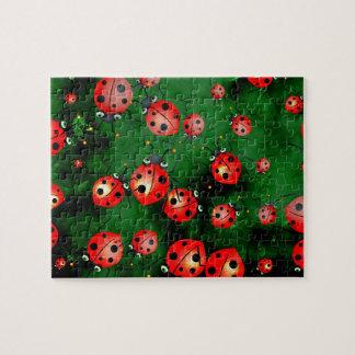 Grunge Ladybugs Puzzles