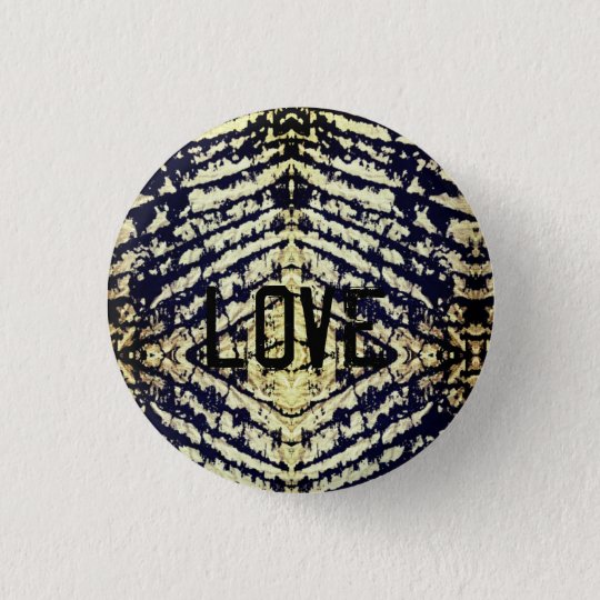 Grunge love 3 cm round badge