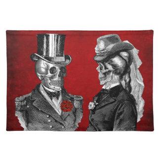 Grunge Skull Skeleton Couple Placemat