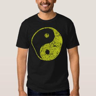 Grunge Yin Yan T Shirts
