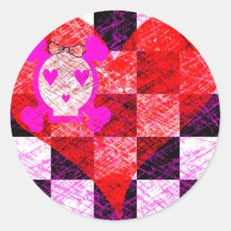 GRUNGY GIRLY SKULL HEART CHECKERS CLASSIC ROUND STICKER