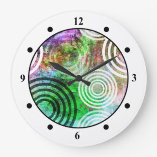 Grungy Green Circle Pattern Clocks