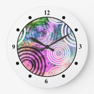 Grungy Pink/Green Circle Pattern Clocks