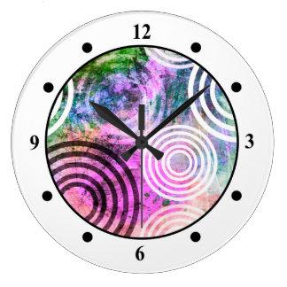 Grungy Pink/Green Circle Pattern Clocks
