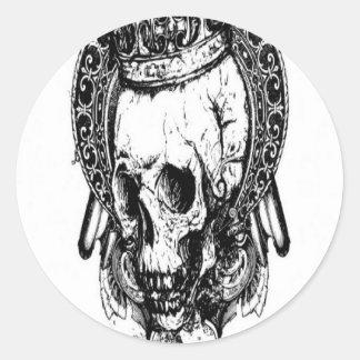 Grungy skull design round stickers