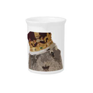 Guineapig in a crown pitcher