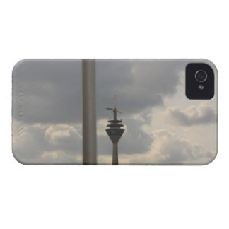 gull over duesseldorf iPhone 4 cases