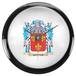 Gunter Coat of Arms - Family Crest Aquarium Clocks