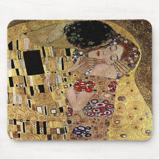 Gustav Klimt s The Kiss Detail circa 1908 Mouse Pad