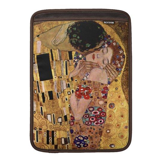 Gustav Klimt: The Kiss (Detail) Sleeve For MacBook