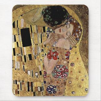 Gustav Klimt's The Kiss Detail (circa 1908) Mouse Mat