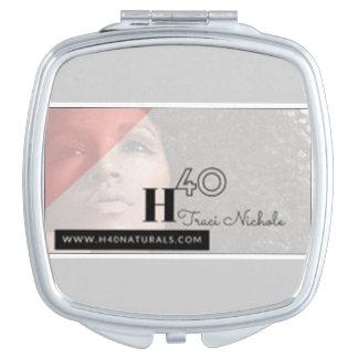 H40 naturals compact mirror