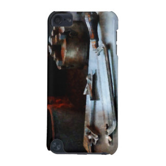 Hacksaw iPod Touch 5G Cover