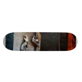 Hacksaw Skateboard