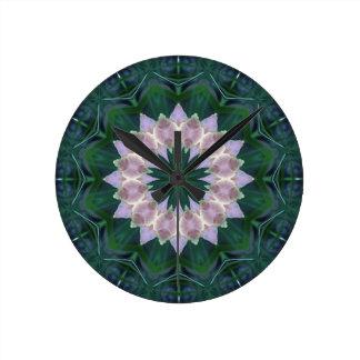 Hagi Mandala green/pink Clock med round