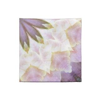 Hagi Mandala pink white gold floral Printed Napkins