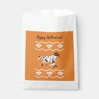 Halloween Chocolate Labrador Mummy Favour Bags