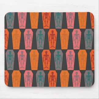 Halloween: colorful skeletons mouse mat