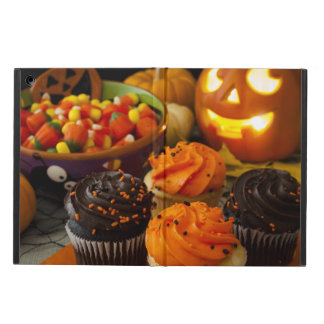 Halloween Cupcakes iPad Air Cover