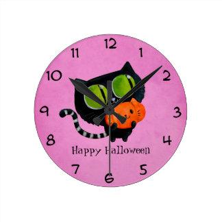 Halloween Cute Cat with pumpkin Round Clock