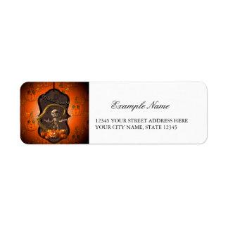 Halloween , funny mummy with pumpkin return address label