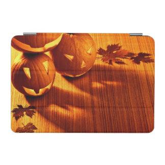 Halloween glowing pumpkins border iPad mini cover
